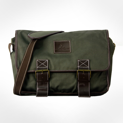 Classic Waxed Canvas Messenger Bag for Laptop-Army Green 								 								 	 Classic Waxed Canvas Messenger Bag for Laptop-Army Green