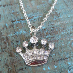 Rhinestone Crown Necklace