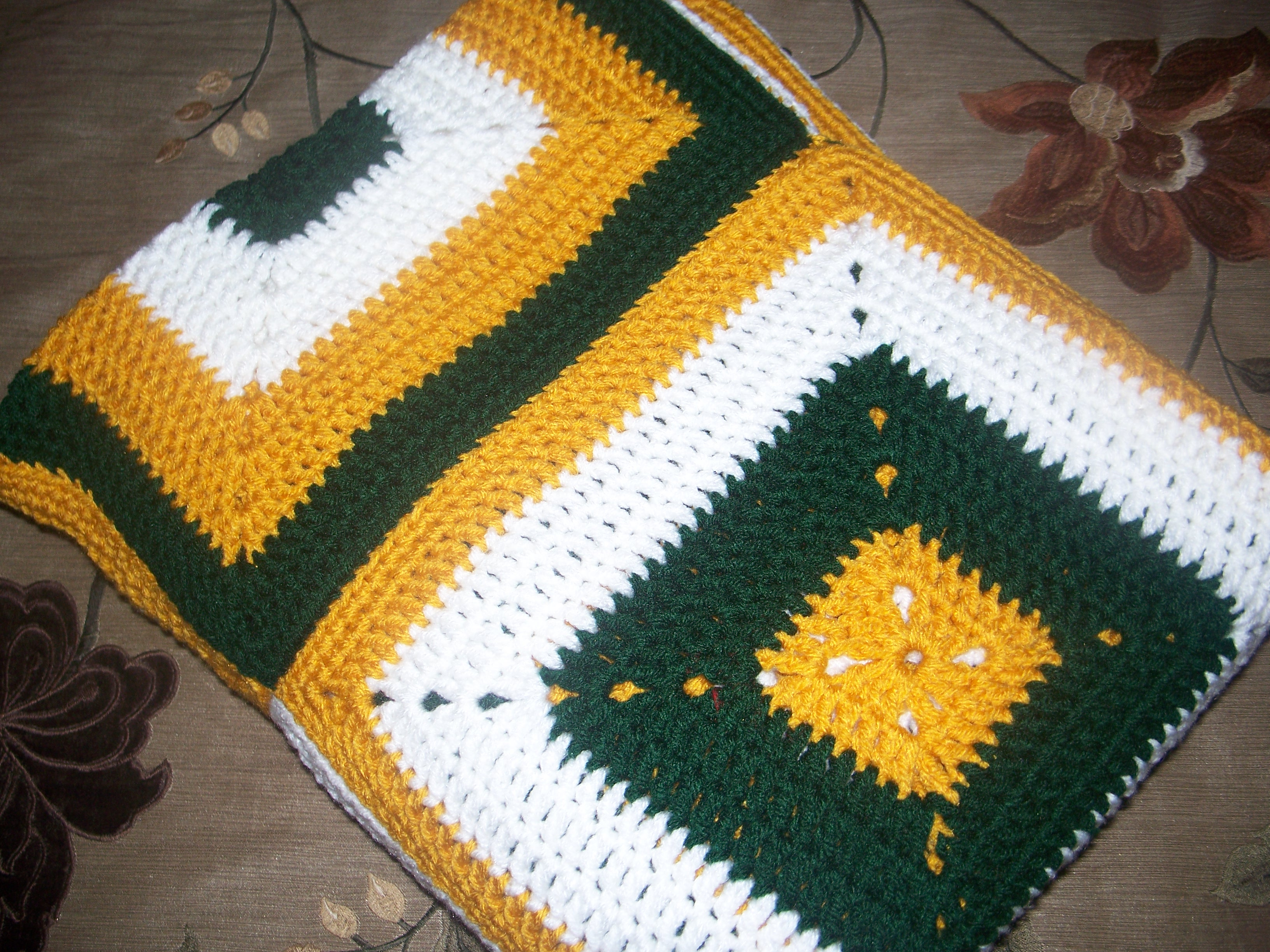Crochet Pattern Green Bay Packer Afghan : Crochet N Faith Leeum Aghan Online Store Powered by ...