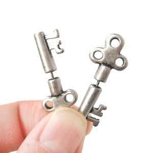 3D Fake Gauge Realistic Antique Key Shaped Stud Earrings in Silver