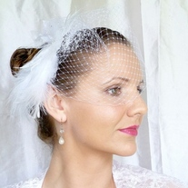 Snow White Bridal Veil Fascinator - Thumbnail 4