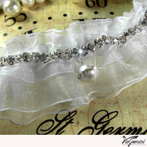 Wedding_20garter_20organza_20ribbon_20rhinestones_20pearl_medium