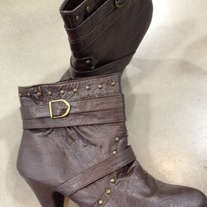 Brown Studs boot