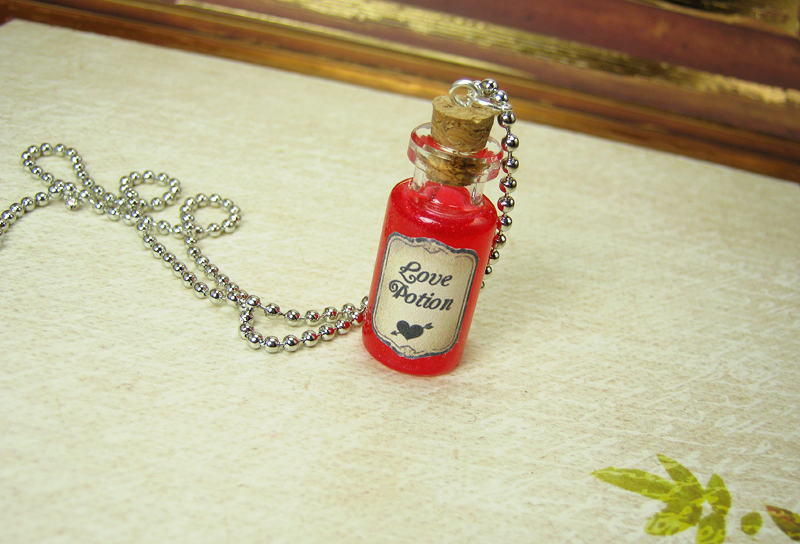 love potion 2ml glass vial necklace   glass bottle pendant charm   valentine s day cupid love