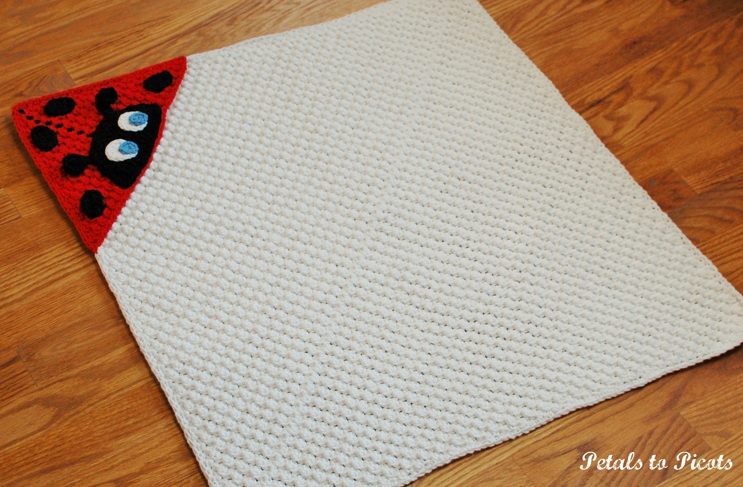 Free Crochet Ladybug Blanket Pattern : Crochet Pattern - Ladybug Hooded Baby Towel (also makes a ...