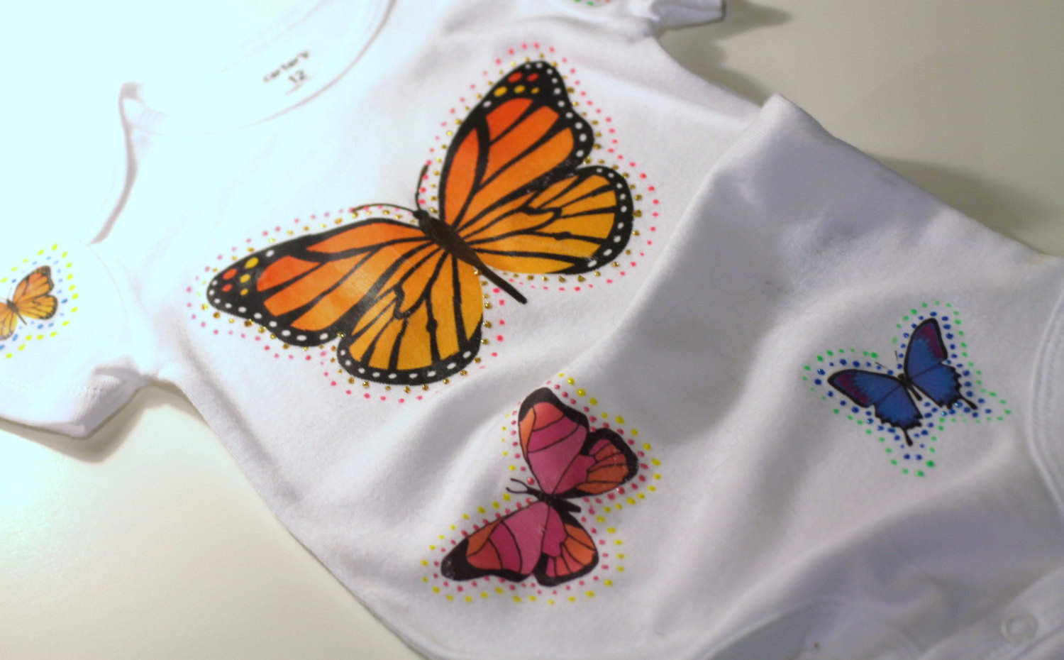 PERSONALISED BEAUTIFUL BUTTERFLY CUSTOM NAME BABYGROW BABY GROW  ALL SIZES  1