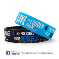 Lovlouder19_wristbandstarz_main_blu_set_medium