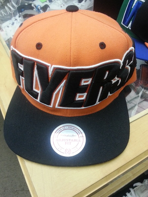 best service b3618 3bbba MITCHELL & NESS NHL SNAP BACK PHILADELPHIA FLYERS from Sneaker Trap
