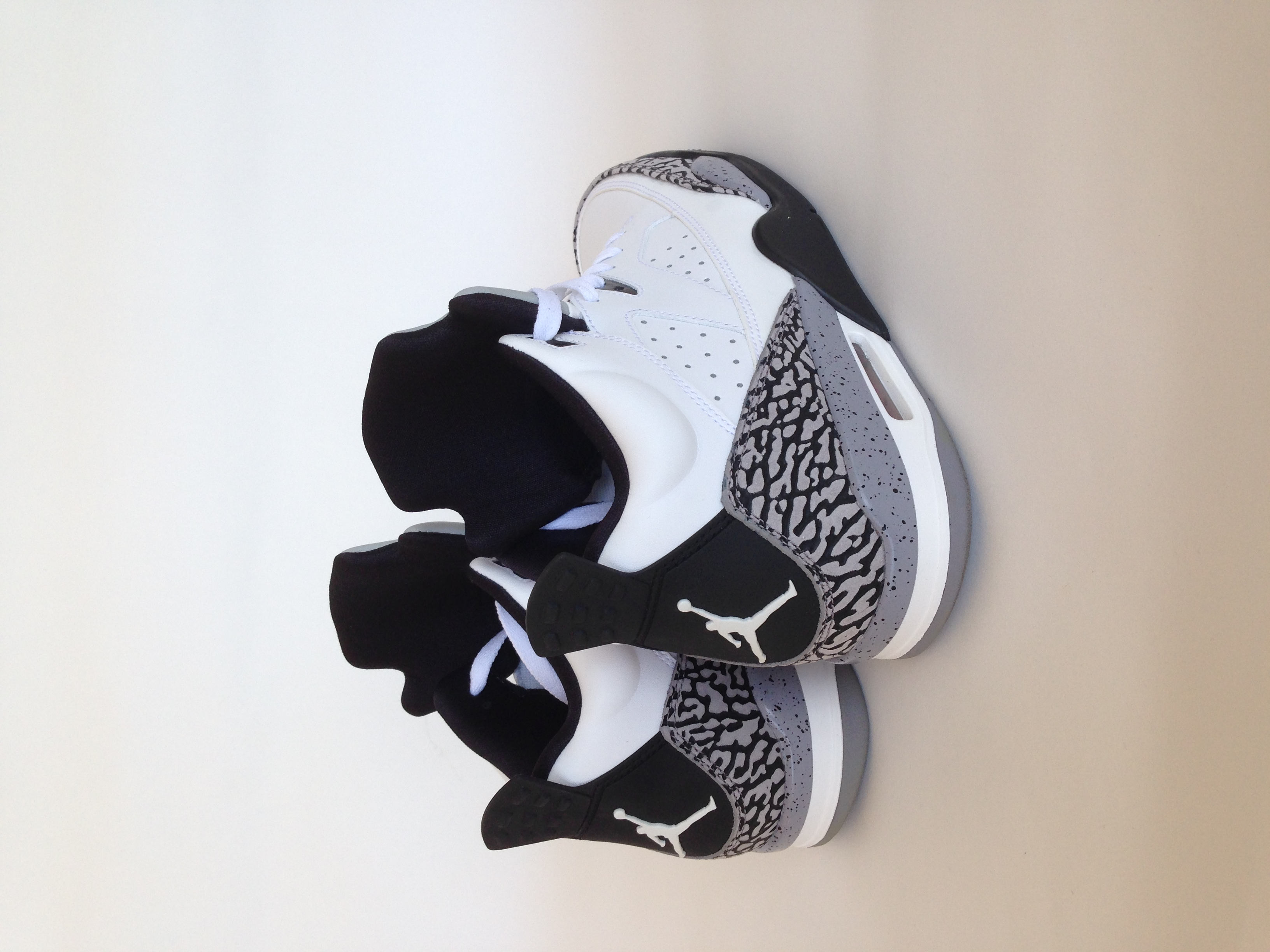 79f539f9e0794a ... New Jordan Son of Mars Low 580603-101 DS White Gym Red Black Cement Grey