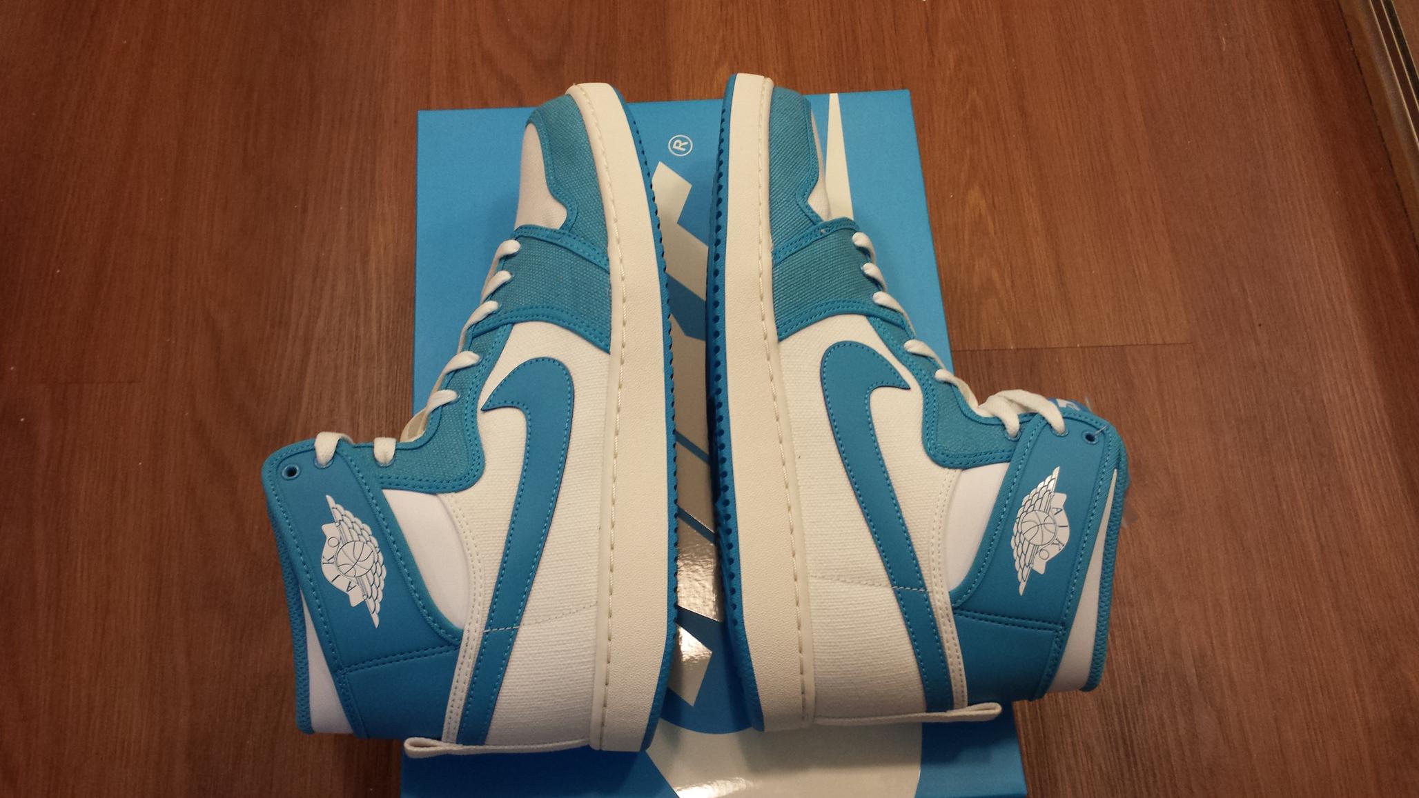 fcd2ed1879b ... Nike Air Jordan 1 AJKO UNC (from Rivalry Pack;size 11) - Thumbnail