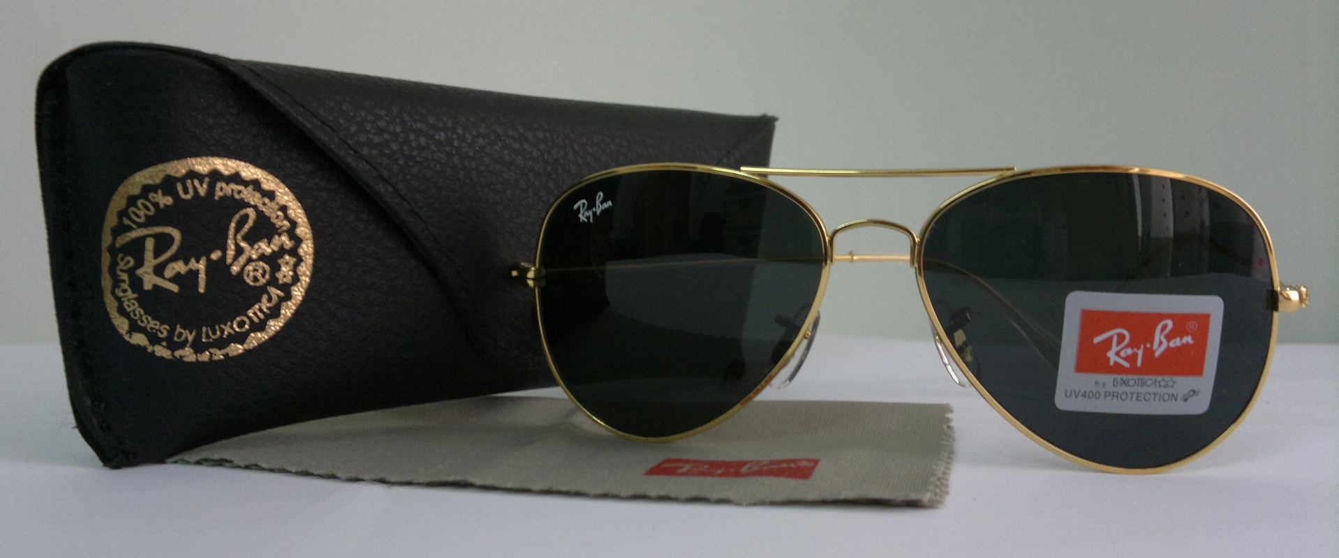 58d38c88c ray ban aviator black with gold frame