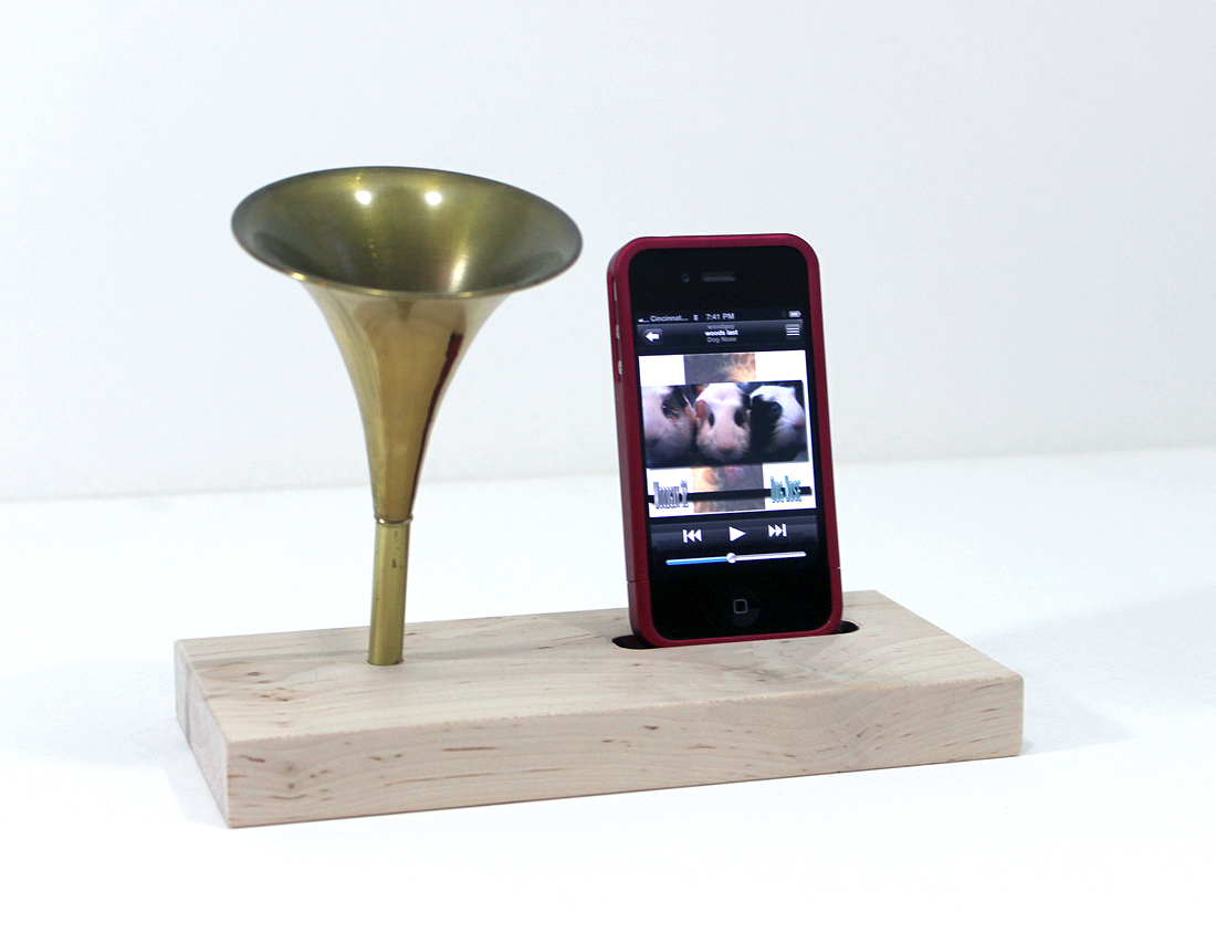 The Horn A Phone Ihorn Portable Iphone Acoustic Speaker Horn Acoustic Speaker System For Your Idevice All Natural Finish On Storenvy