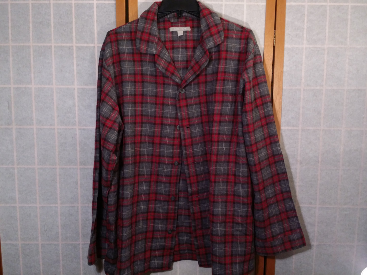 Nordstrom Red Black Gray Plaid Large Flannel Shirt Style