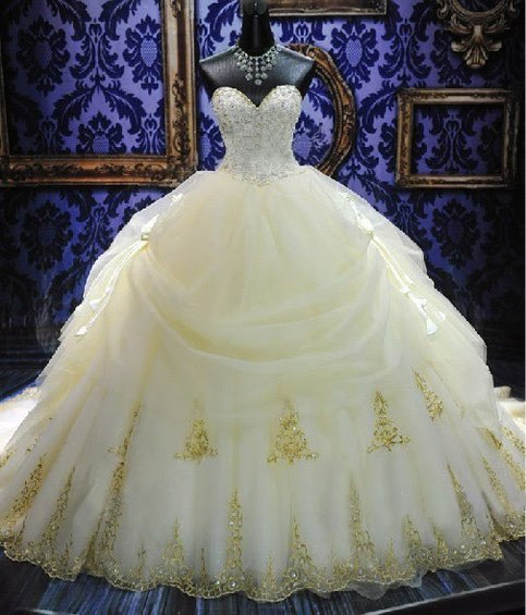 White Wedding Dress Song: Plus Size GOLD OR SILVER LACED EMBROIDERY SWEET HEART