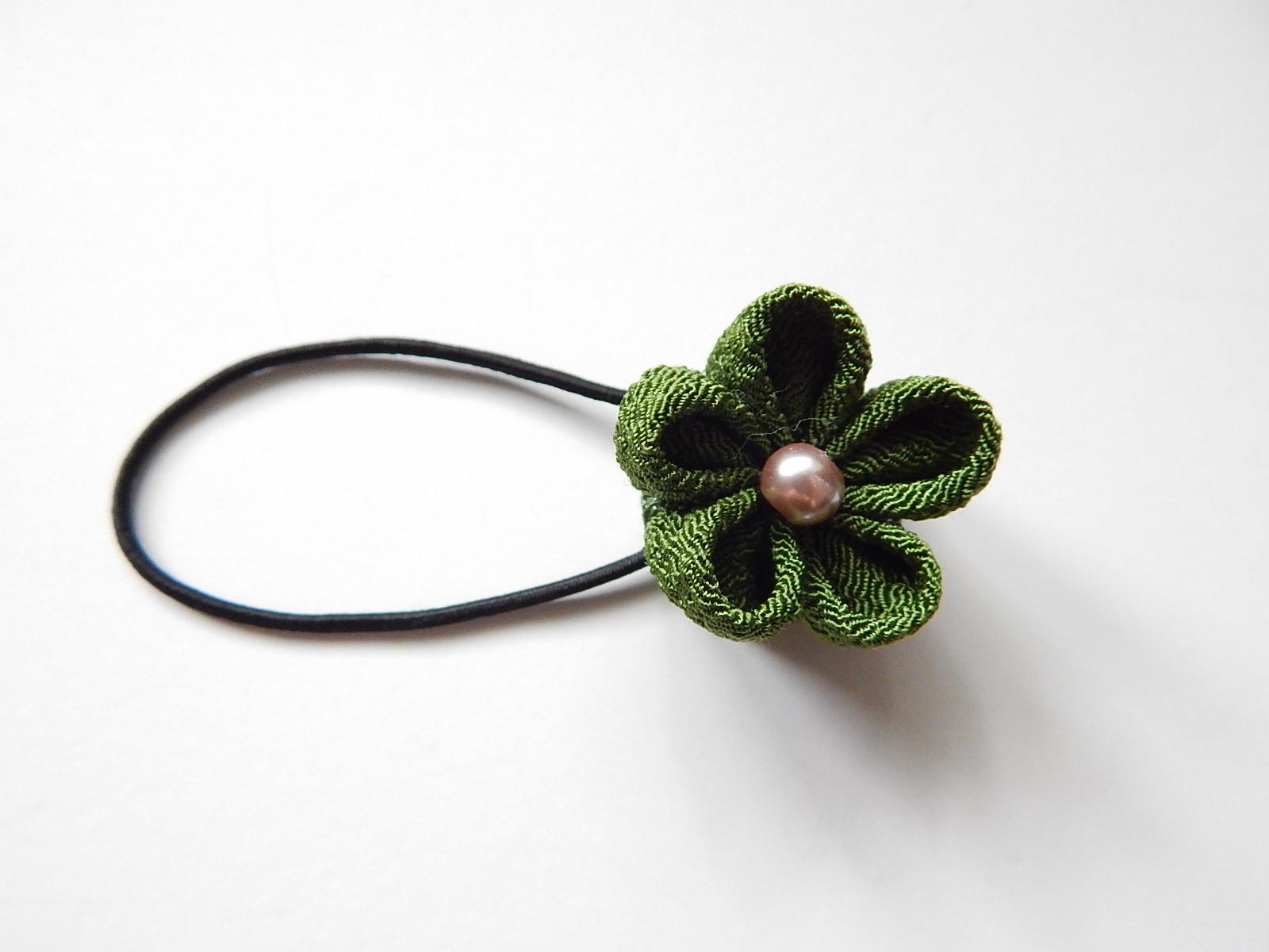 Kanzashi ponytail holder 80ea7184db5