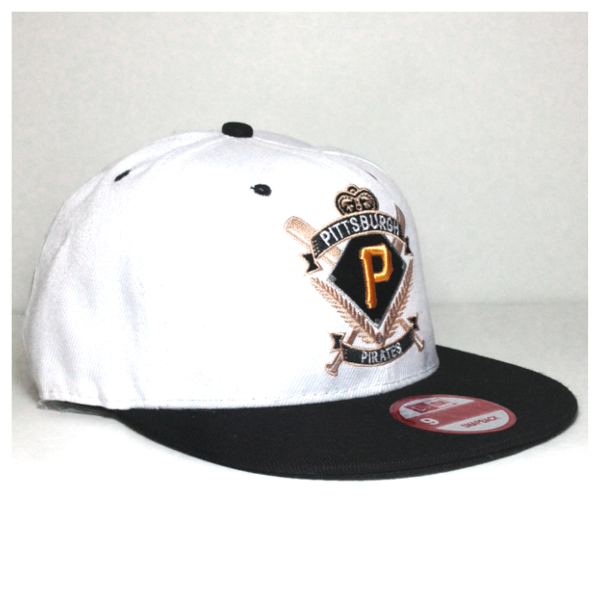 002 MLB Pittsburgh Pirates Snapback · Tiger s Discount Store ... 3b55fe64c57