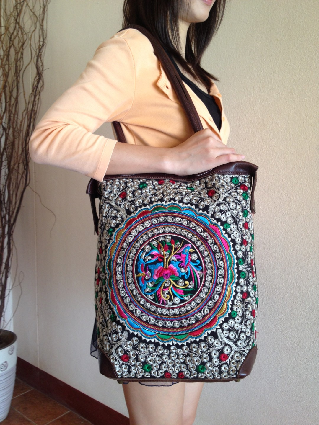 ... Big Circle Flower Colorful Leather Tote Bag embroidery of the Hill  tribes in Thailand (KPS8604 ... 03f42227b2122