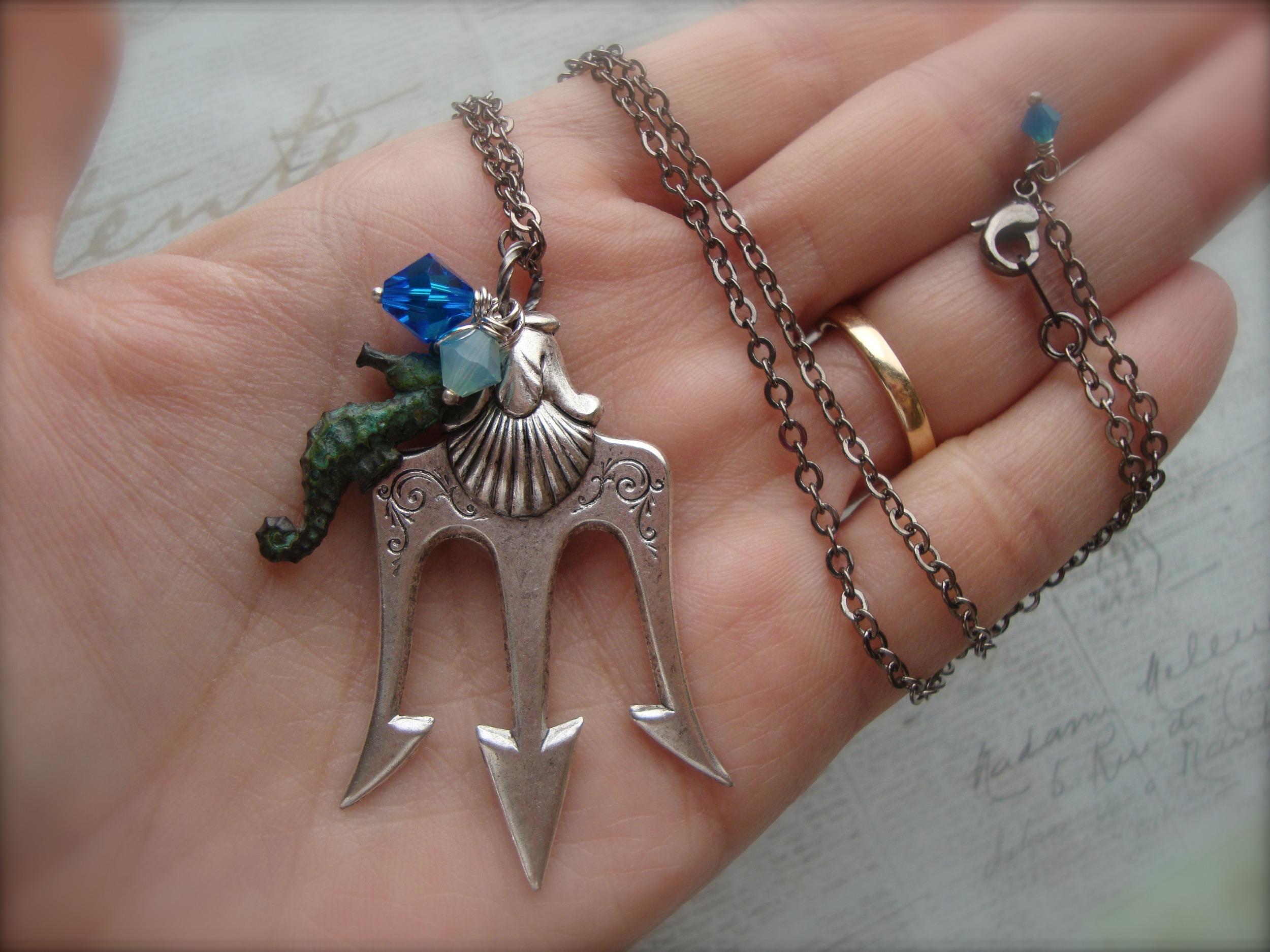 Poseidon ~ Percy Jackson Lightning Thief Trident Necklace ...