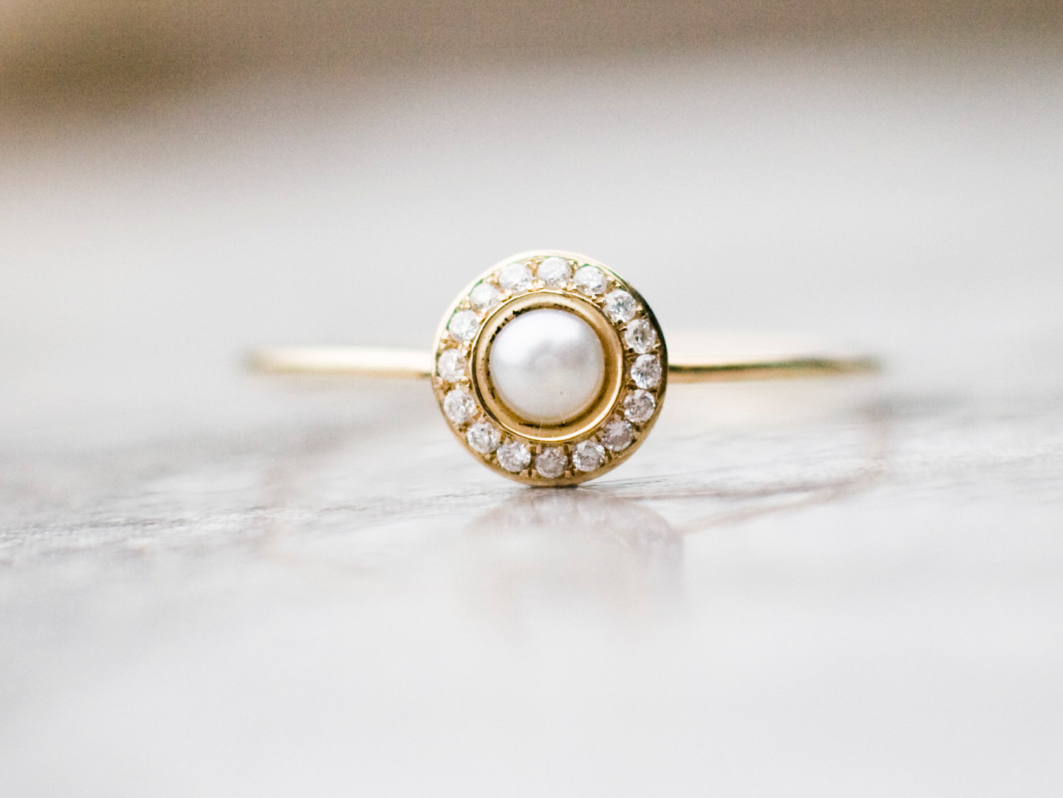 Famous White pearl wedding ring with diamonds in 14k gold, pearl  VD99