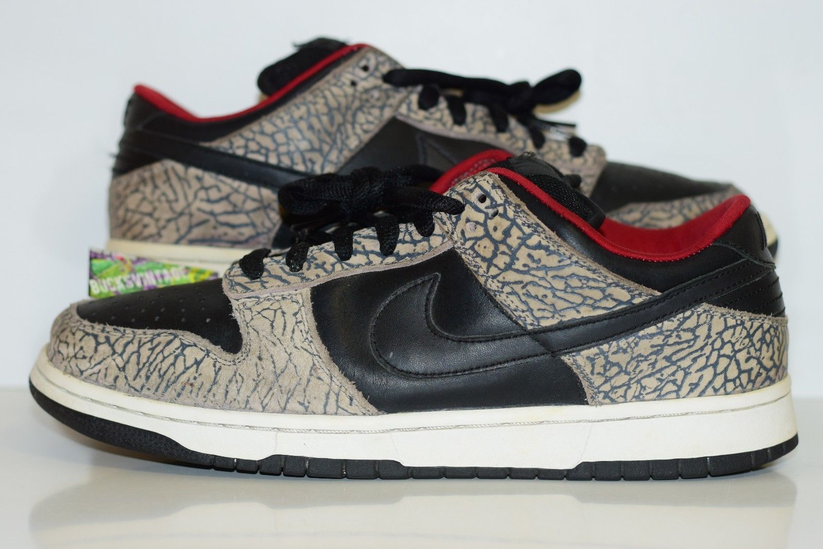 buy popular 85cfc 7ad02 Size 11 | 2002 DUNK LOW PRO SB SUPREME 304292-131 black/black-cement grey  from BucksVintage