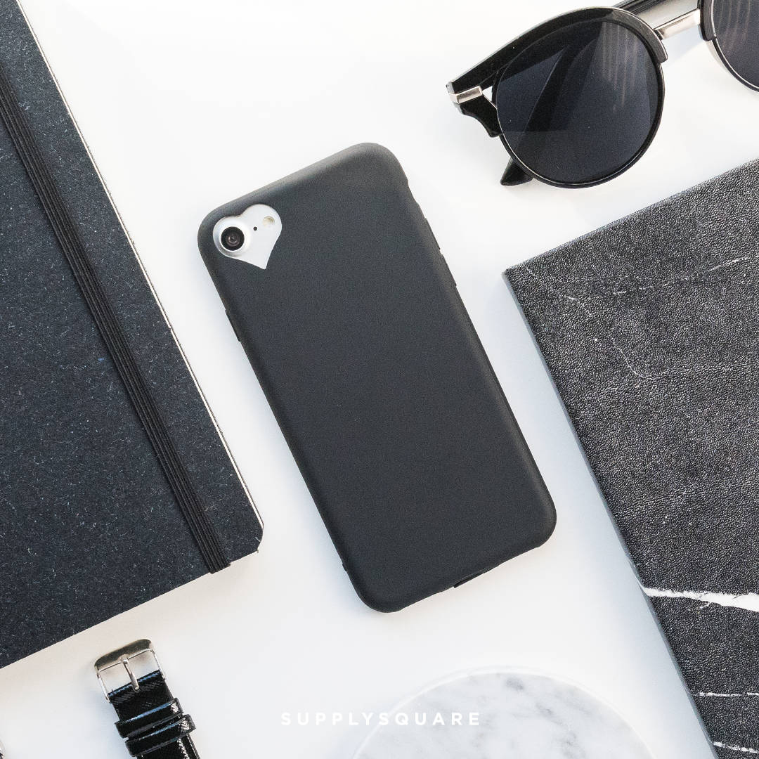 black heart iphone 8 case