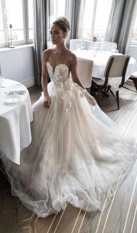 Stunning White Appliques Lace Chiffon Sweetheart Sleeveless ...