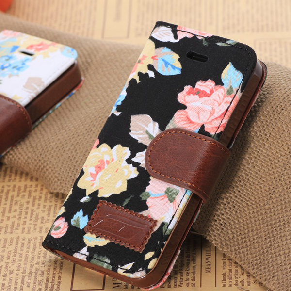 new concept afdc1 121d2 Floral Print iPhone 5C Wallet Case from simplicity