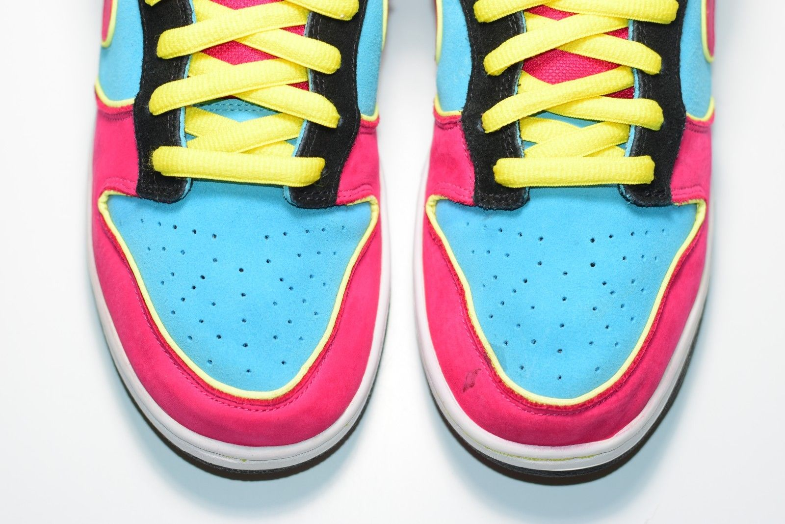 fde2e237ed90 Size 12 2009 Nike Dunk SB Low MS PAC MAN 313170-461