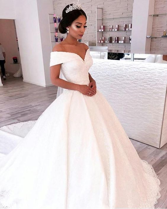 Vintage Wedding Dress Off Shoulder Wedding Dress V-neck
