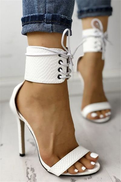 White Snake Textured Strappy Simple Sexy High-Heeled Sandals G6851