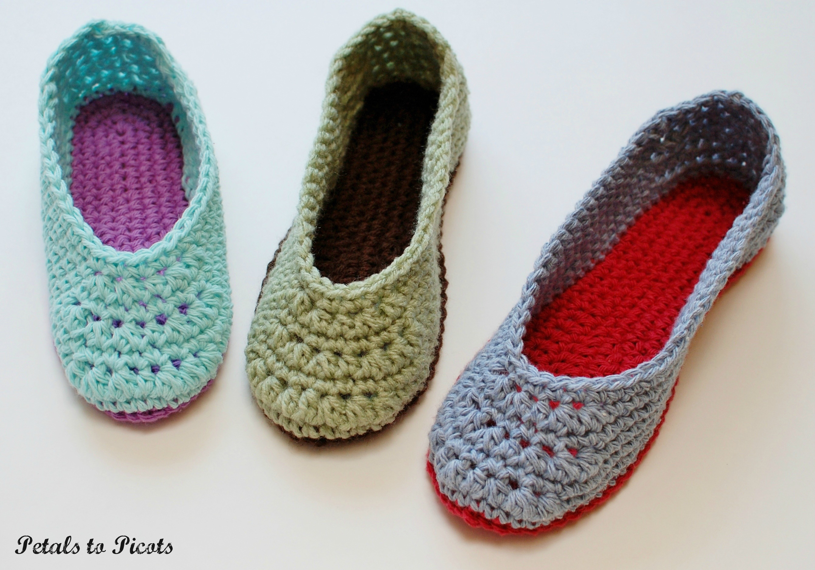 42982cdb39928 Crochet Pattern - Ladies Slippers (Women's Sizes 4/5, 6/7, 8/9, 10/11) from  Petals to Picots